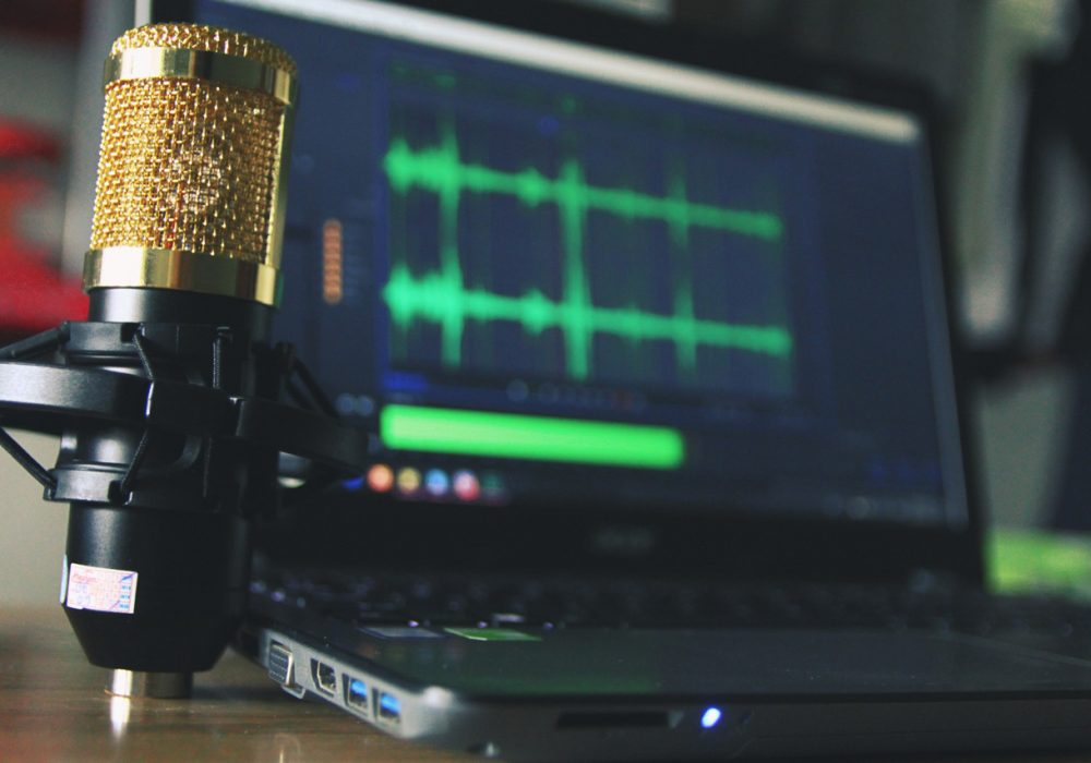 23 Best Digital Marketing Podcasts You Should Listen To